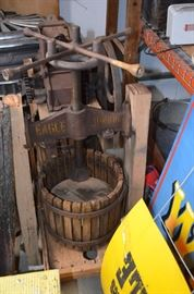 Cider Press with Dual Basket (Yankee Junior Modek?) $475