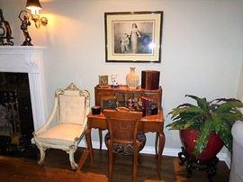 Victorian White Arm Chair