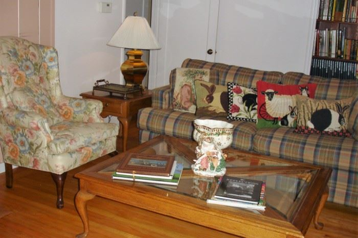 Living room furniture and treasures