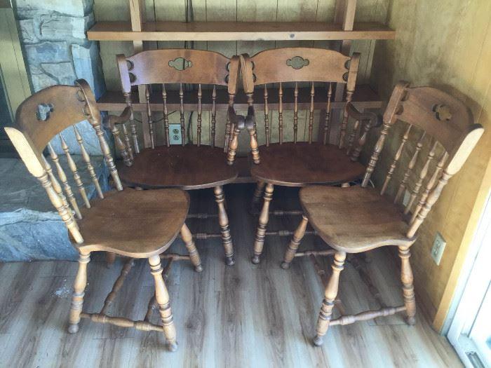 Vintage S. Bent & Bros. 3 Chairs & 1 Armchair II      https://ctbids.com/#!/description/share/86953