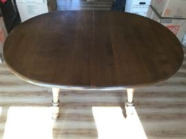 Vintage Dining Room Table with Two Leaves https://ctbids.com/#!/description/share/86956