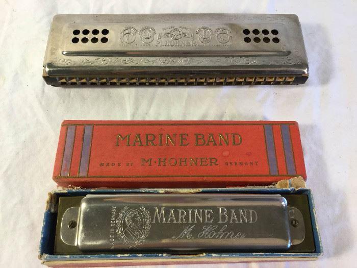 Two Vintage 1936 Harmonicas by M. Hohner with Box (4Pcs)        https://ctbids.com/#!/description/share/86891