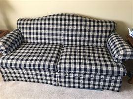 Comfortable sofa - like new