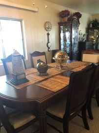 Dining Room Table and 6 chairs 250.00