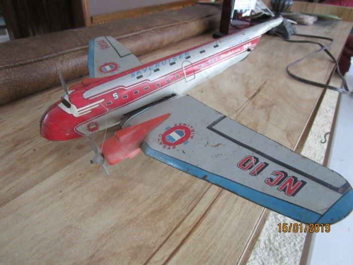 1950s Skycruiser tin Litho airplane