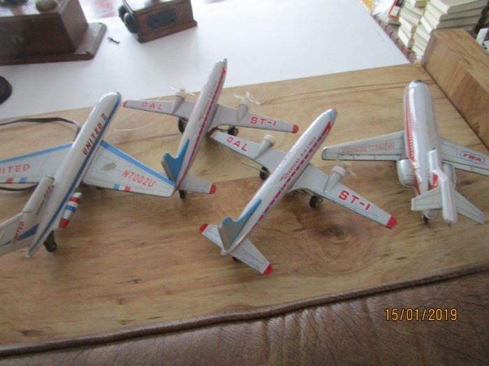 more airplanes
