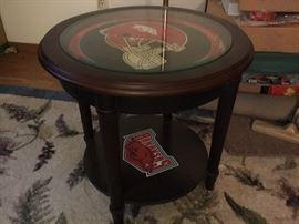 Razorback table