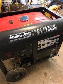 Mighty Quip Gas Power E8000