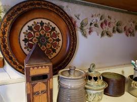 Pottery, decorative wood plate