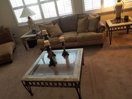 Coffee table & two end tables; lamps & decor