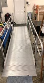 "Prairie View Industries 16' x 36"" Aluminun Modular Entryway Wheelchair Ramp Like New and great condition."