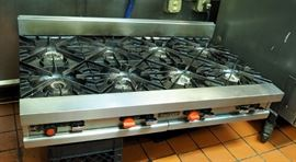 """Vulcan Natural Gas Stainless Steel Counter Top Range With 8 Cast Iron Burners, 11"""" x 48"""" x 31"""""""