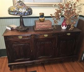 GORGEOUS ANTIQUE BUFFET