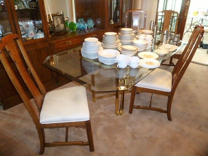 Glass Top dining room table and chairs.  $300 For the ENTIRE TABLE/CHAIRS SET!