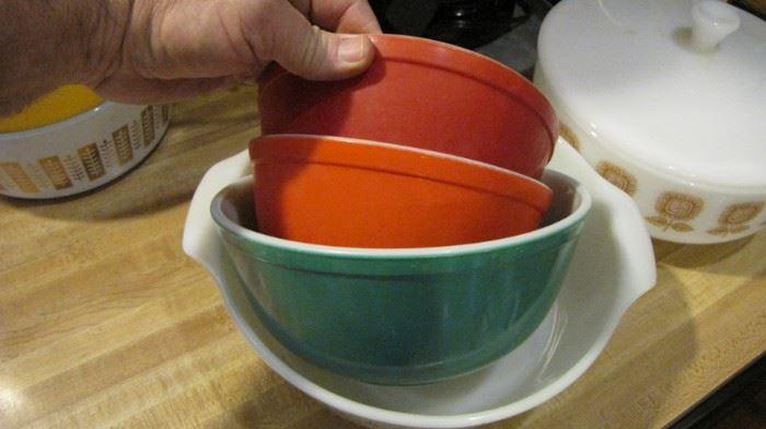 Primary color partial set.