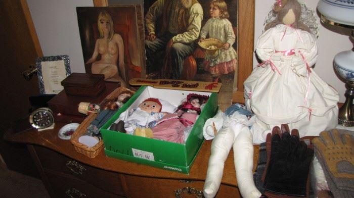 Artwork & dolls