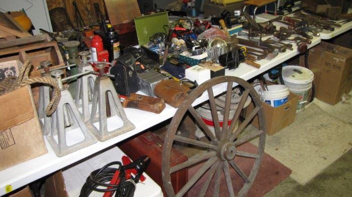 Vintage wood wooden wagon wheel - vintage jack stands