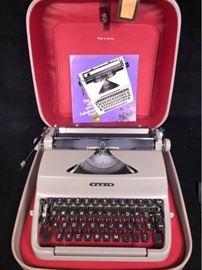 Facit Swedish Portable Typewriter