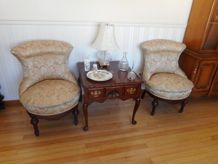 Vintage Tufted Silk Brocade Wing Back Chair, Statton Cherry Occasional Table.