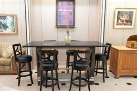 This island and 6 bar stools come as a set.