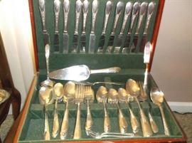 Silverplate flatware set