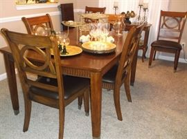 Contemporary dining table w/leaf and six chairs