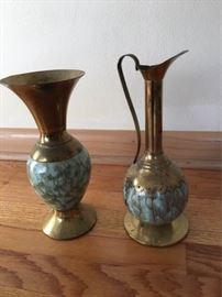 Dutch Vase and Decanter  https://ctbids.com/#!/description/share/88860