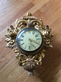 Wood clock https://ctbids.com/#!/description/share/88858
