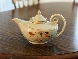 Vintage Aladdin Autumn Leaf Teapot - 1940's