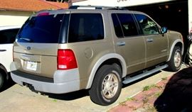 2002 Ford Explorer, 6 cyl  138,000 miles