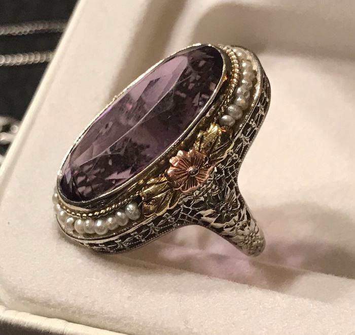 Stunning vintage 14K gold and amethyst  ring w seed/pearls- Valentines Day?