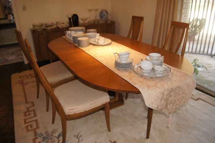 American of Martinsville dining table and chairs