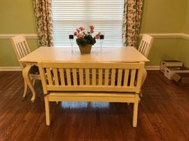 BENCH ONLY FOR SALE. NEW OWNERS KEEPING TABLE AND CHAIRS