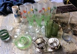 PAC009 Assorted Shot Glasses & Collectible Glassware