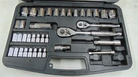 Stanley tool set  ratchets and sockets