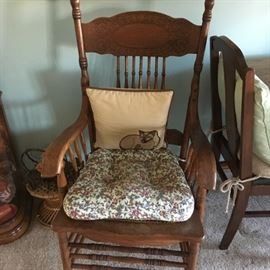 I love this oak side chair -- lots of character!