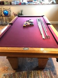 American Heritage pool table & accessories