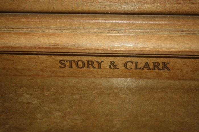 STORY & CLARK PIANO