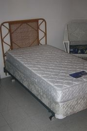 TWIN BED IN GUEST HOUSE