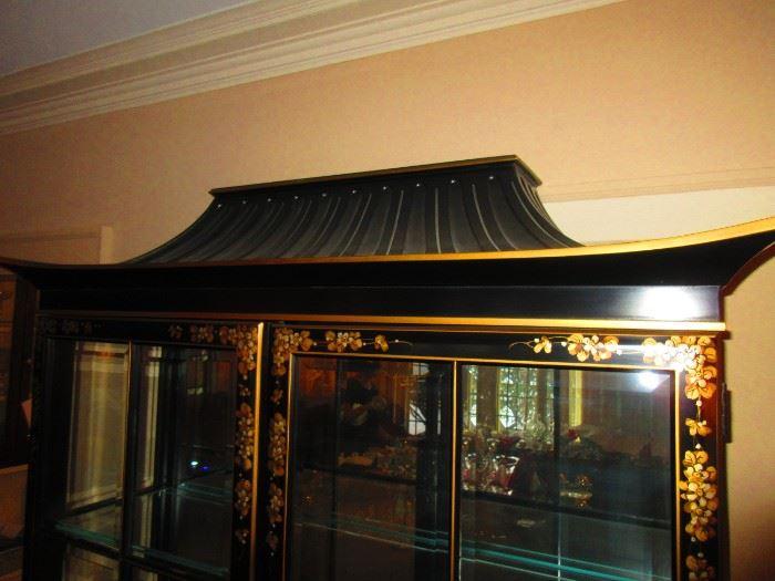 Detail of chinoiserie vitrine