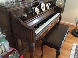 Sohmer Piano.