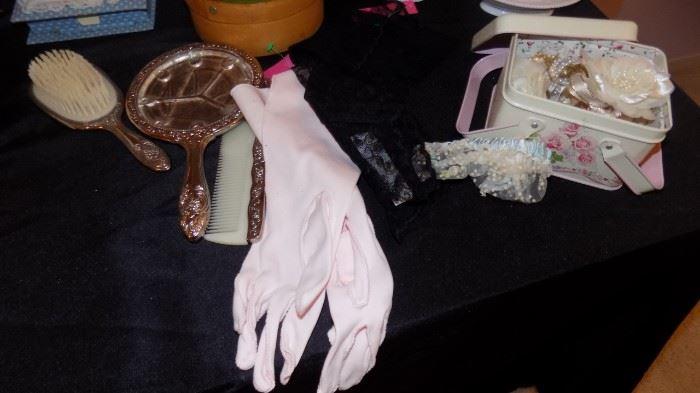 vintage ladies gloves, vanity items