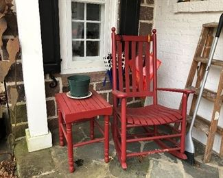 Outdoor rocker and table