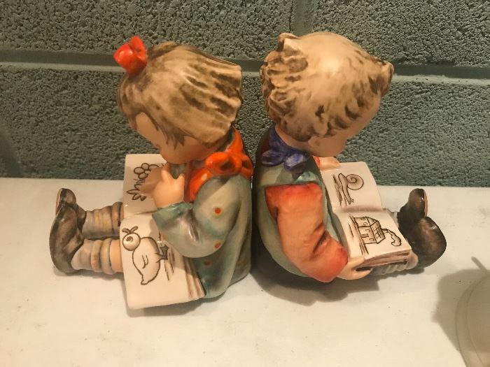 VINTAGE NURSERY GOEBEL HUMMEL FIGURINES 14/A & B BOY & GIRL BOOK WORMS BOOKENDS