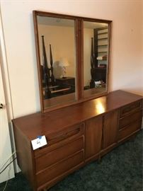 Dresser with mirror and nightstand https://ctbids.com/#!/description/share/92610