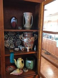 Assorted Porcelain https://ctbids.com/#!/description/share/92612