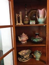 Assorted Porcelain and Glass https://ctbids.com/#!/description/share/92613
