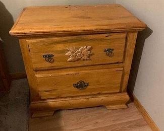 2-Drawer Pine Nightstand Single26x28x17inH