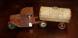 ANTIQUE TOY TANKER TRUCK