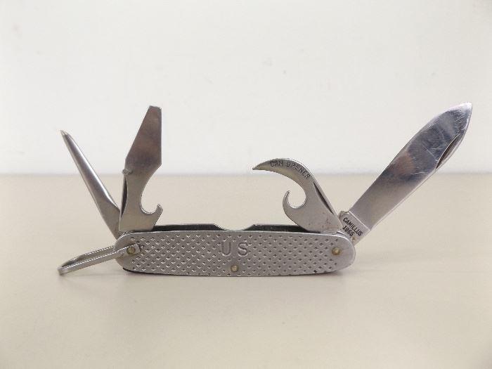 Vintage 1965 Camillus U.S. Military Camping Knife